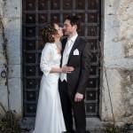 une très belle photo de couple devant la porte d'un chateau près de metz en lorraine