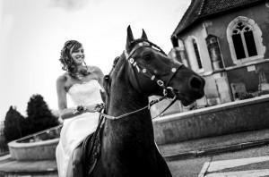 mariée-sur-cheval