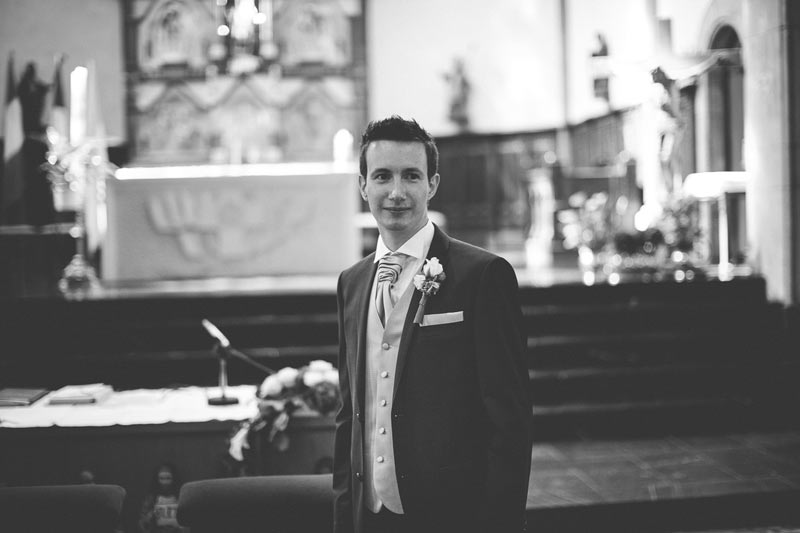 groom waiting for his bride in church of Bettembourg