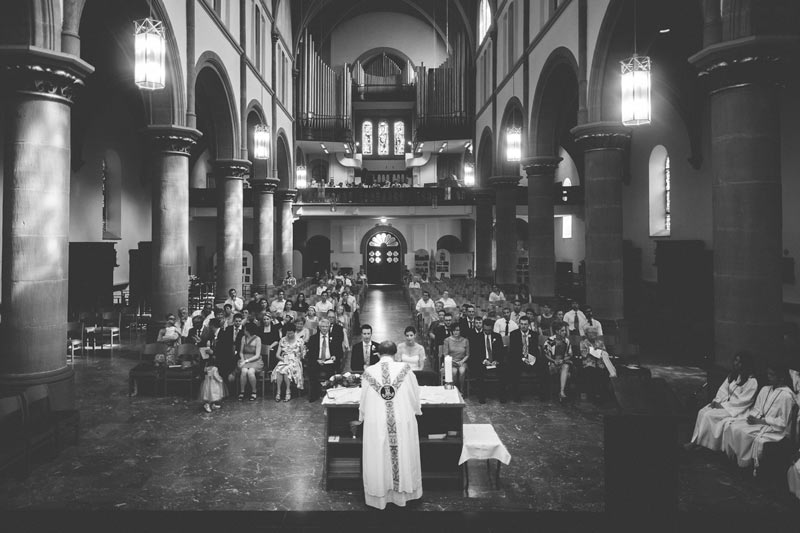 priest celebrating a wedding at Bettembourg church