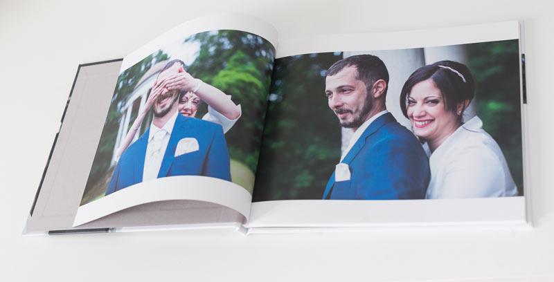 photos en pleine page au début du livre d'épreuves