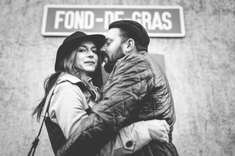 le photographe a trouvé un angle sympathique pour immortaliser ce couple