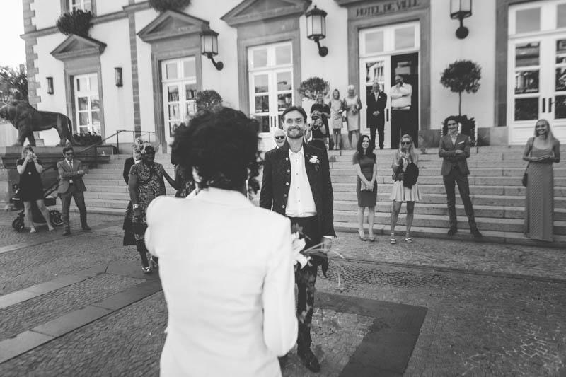 13 wedding first look