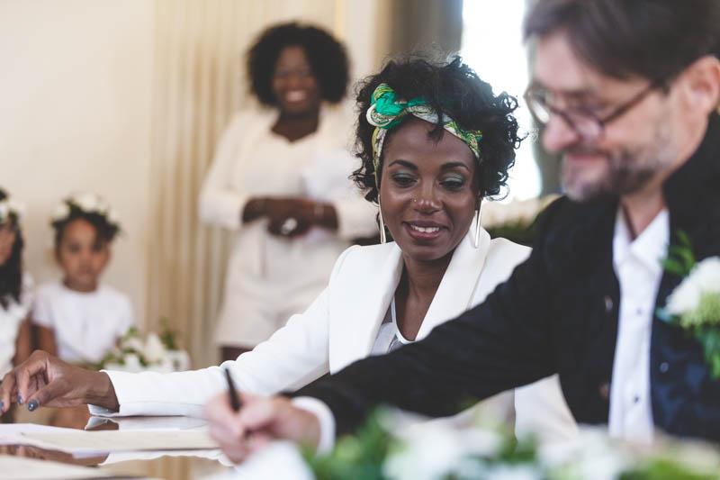 20 signing wedding registry
