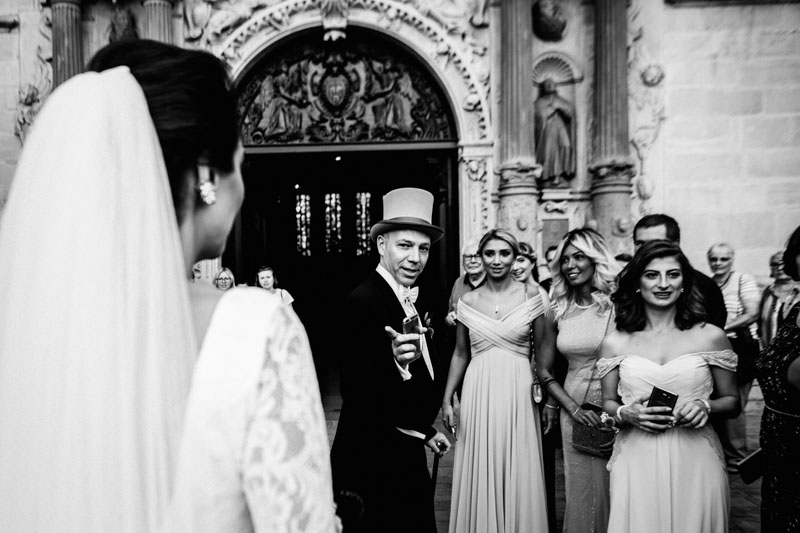 guests welcome the bride and groom at luxembourg church