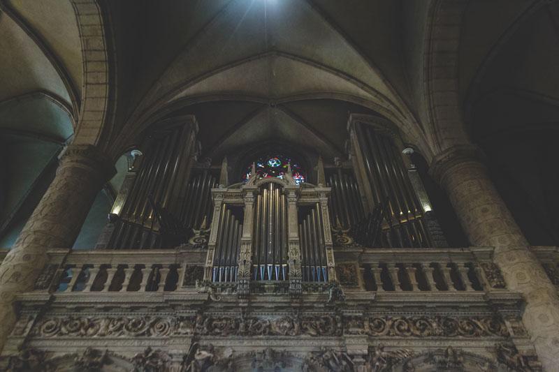 34 organ inside luxembourg church