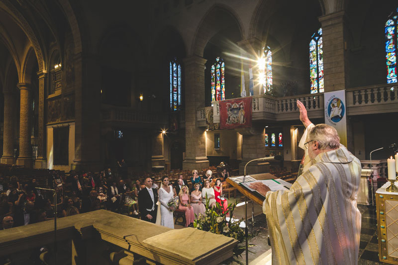 bénédiction du prêtre