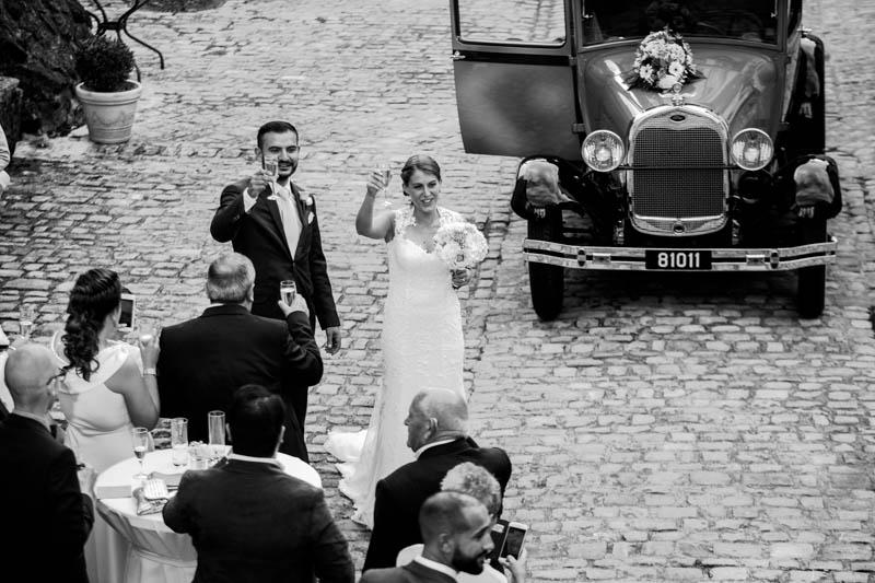 40 les mariés trinquent