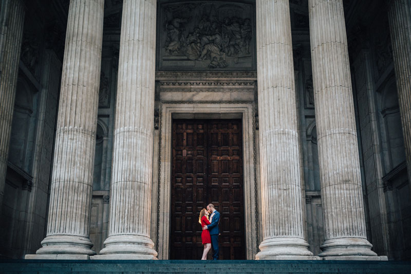 great use of magmod for engagement photography