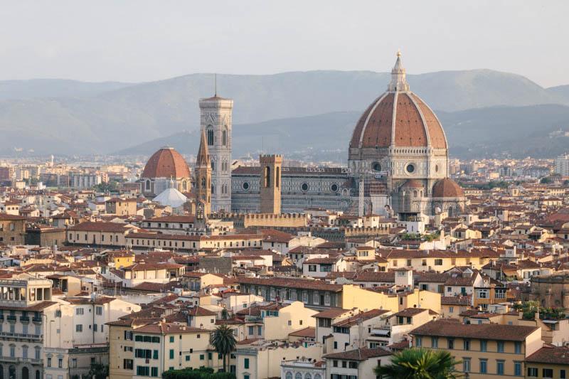 06 la basilique de Santa Croce Di Firenze au lever du soleil